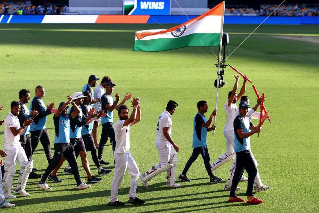 Team India beats Australia SRK cheers 'Chak De India'